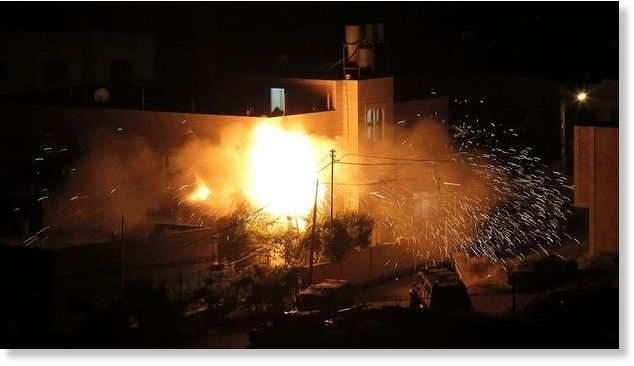 Israel_bombs_gaza_July_2014